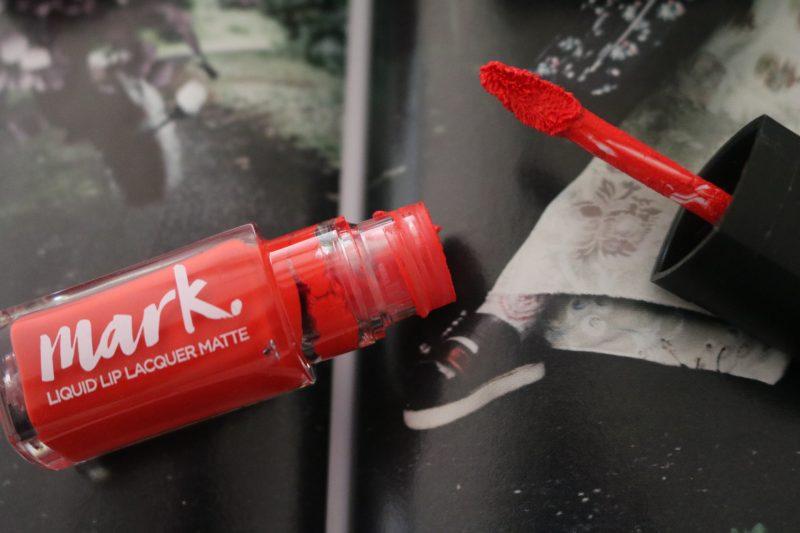 Avon Mark Liquid Lip Lacquer Orange you happy matte
