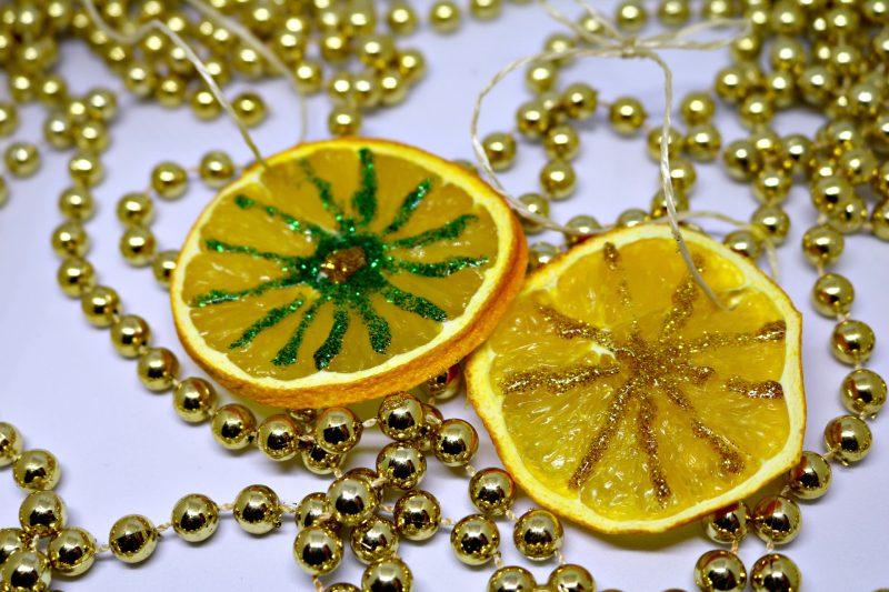 DIY natural christmas ornaments